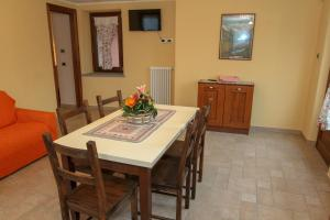 La Maison De Deni, Ferienwohnungen  Aymavilles - big - 13