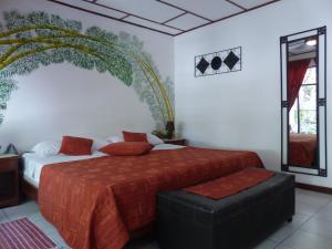 Standard Zimmer mit Kingsize-Bett