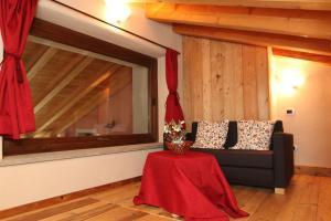 La Maison De Deni, Apartmány  Aymavilles - big - 26