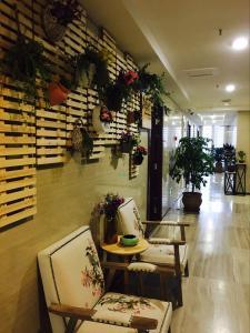 Chongqin Rongshuxia Youpin Apartment, Apartments  Chongqing - big - 21