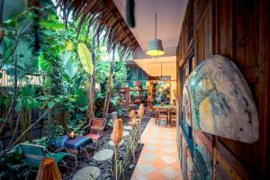 Happy Buddha Yogyakarta, Hostelek  Yogyakarta - big - 60