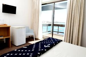 Pokój Dwuosobowy typu Deluxe z balkonem i widokiem na morze