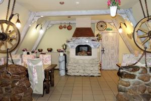 Hotel Stary Dom, Hostince  Tikhvin - big - 54
