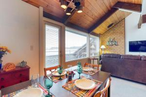 Embarcadero Haven (G-245 & G-345), Holiday homes  Newport - big - 20