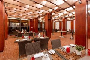 Hilton Vilamoura As Cascatas Golf Resort & Spa (5 of 129)