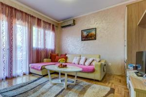 Jovana Apartment, Apartments  Budva - big - 8
