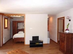 Rental Apartment Les Erines 2, Apartmanok  Les Orres - big - 18