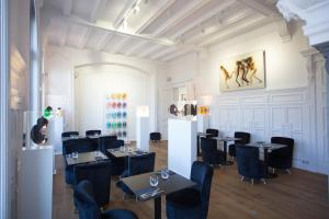 L'Esplanade Lille, Bed and breakfasts  Lille - big - 60
