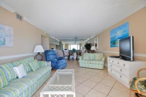Two-Bedroom Apartment with Sea View - 703