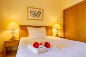 Hotel Mirachoro Praia, Szállodák  Carvoeiro - big - 4