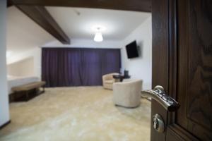 Bran Monte Crai Chalet, Vendégházak  Törcsvár - big - 12