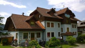 Ferienwohnungen Fischerhaus - direkt am See, Apartmanok  Millstatt - big - 144