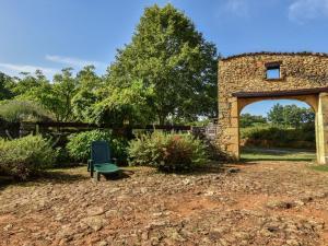 Maison De Vacances - Loubejac 12, Dovolenkové domy  Saint-Cernin-de-l'Herm - big - 11