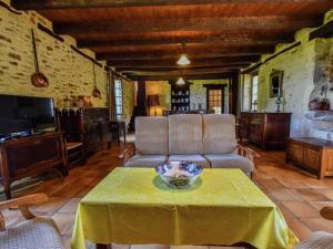 Maison De Vacances - Loubejac 12, Dovolenkové domy  Saint-Cernin-de-l'Herm - big - 12