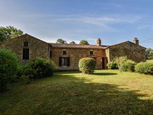 Maison De Vacances - Loubejac 12, Dovolenkové domy  Saint-Cernin-de-l'Herm - big - 17
