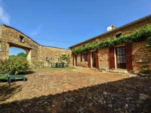 Maison De Vacances - Loubejac 12, Dovolenkové domy  Saint-Cernin-de-l'Herm - big - 33