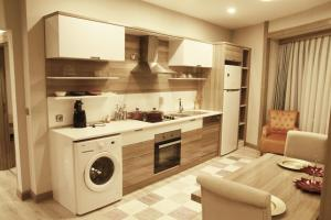 MyHouse N5 Suites, Apartmány  Esenyurt - big - 14