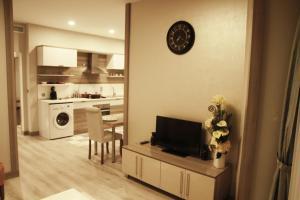 MyHouse N5 Suites, Apartmány  Esenyurt - big - 13