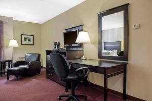 Clarion Hotel & Conference Centre Pembroke