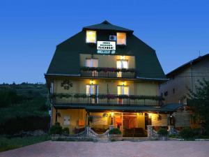 Villa Belilo 69, Guest houses  Sremski Karlovci - big - 15