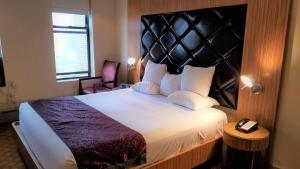 Premier Club Kamer met Queensize Bed - Rookvrij