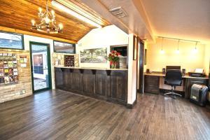 Peach Tree Inn & Suites, Hotely  Fredericksburg - big - 50