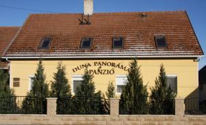 Duna Panoráma Panzió, Affittacamere  Gönyů - big - 28