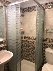 Nile Hunters Suites & Apartments, Szállodák  Kairó - big - 54