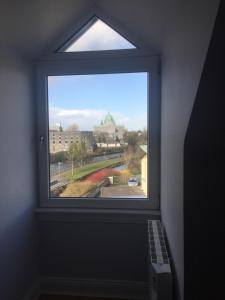 Spanish Arch City Centre Penthouse Apartment, Case vacanze  Galway - big - 8