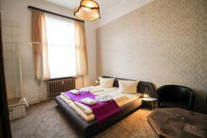 Hotelpension Margrit, Guest houses  Berlin - big - 13