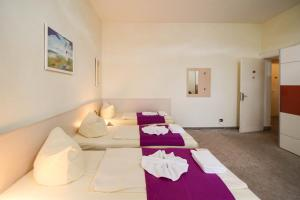 Hotelpension Margrit, Guest houses  Berlin - big - 28