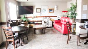 Bell's Extended Stay and Suites, Отели  Saint Robert - big - 24