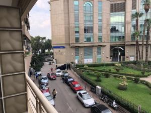 Nile Hunters Suites & Apartments, Szállodák  Kairó - big - 58