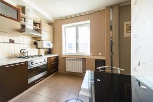 Apartment on Obolonskyi Avenue 28, Appartamenti  Kiev - big - 6