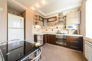 Apartment on Obolonskyi Avenue 28, Appartamenti  Kiev - big - 8