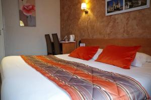 Logis Hotel Beaudon, Hotely  Pierrefonds - big - 16