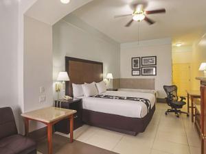 La Quinta Inn & Suites South Padre Island Beach, Hotels  South Padre Island - big - 5