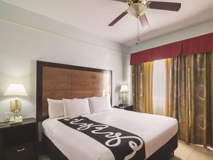La Quinta Inn & Suites South Padre Island Beach, Hotels  South Padre Island - big - 17