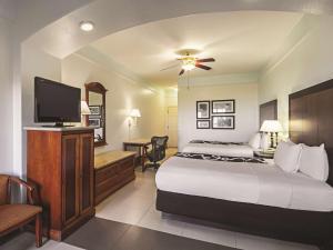 La Quinta Inn & Suites South Padre Island Beach, Hotels  South Padre Island - big - 14