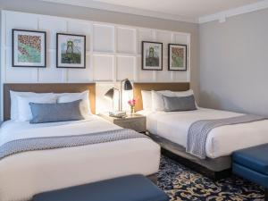 Deluxe Two Double Suite Accessible