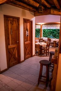 Hosteria los 7 Radales, Penziony – hostince  Villa La Angostura - big - 23