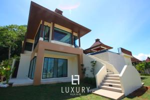 Hua Hin Luxury Bali style Pool Villa