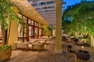 Hyatt Regency Coconut Point Resort and Spa (7 of 64)