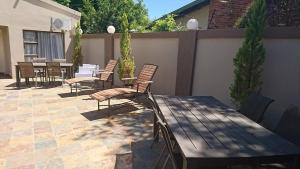 African Guesthouse, Penziony  Bloemfontein - big - 10
