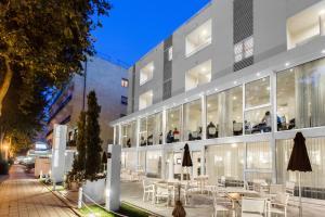 Color Mokambo Shore Design Hotel - AbcAlberghi.com