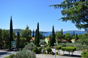 Apartments Medena, Ferienwohnungen  Trogir - big - 41