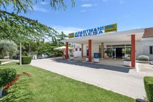Apartments Medena, Ferienwohnungen  Trogir - big - 1