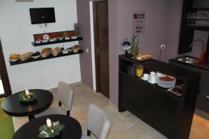 Studio ApartCity, Aparthotels  Braşov - big - 20