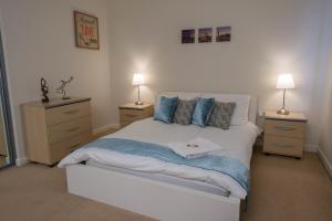 Royal Limehouse Apartment
