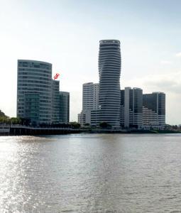 Departamento Riverfront II Guayaquil, Apartmanok  Guayaquil - big - 3
